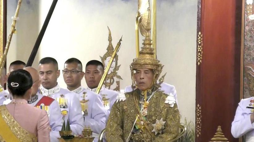 Zeremonie mit großem Pomp: Thailands König Maha Vajiralongkorn gekrönt
