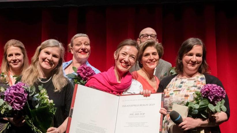 Preis zum Auftakt: Theatertreffen - Kollektiv She She Pop ausgezeichnet