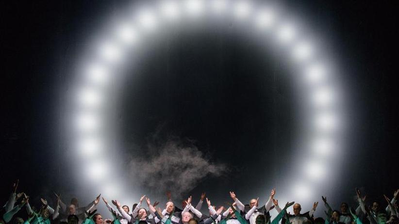 """Oper über Likes und Posts: Viel Applaus für Dave Eggers' """"The Circle"""" in Weimar"""