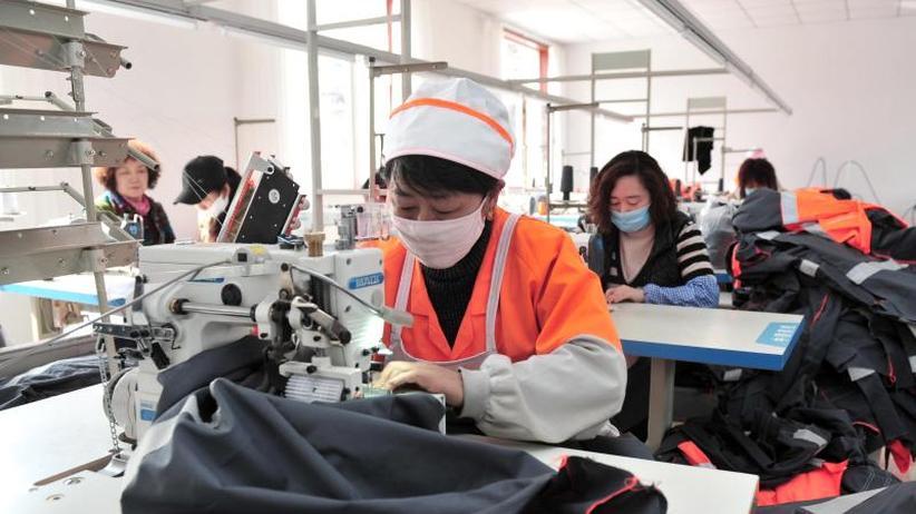 Internationaler Vergleich: Frauen arbeiten unbezahlt deutlich mehr als Männer