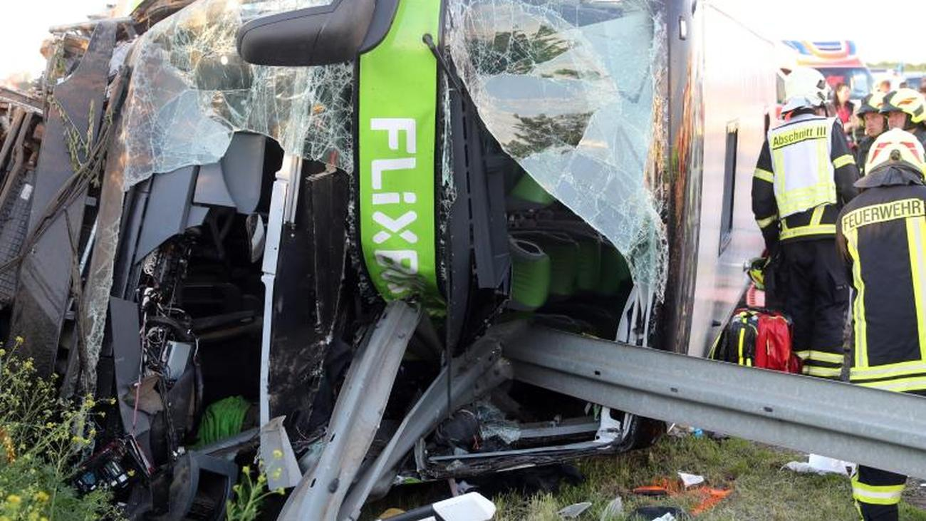Bad luck near Leipzig: One dead and many injured in bus