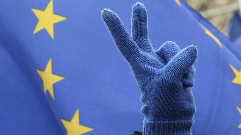 """Demos in vielenStädten: Europawahl: Breite Gegenwehr gegen """"neue Ära"""" der Rechten"""