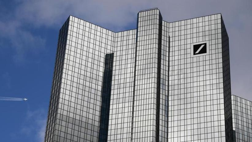 Software-Fehler: Panne bei Geldtransfer-Prüfung der Deutschen Bank entdeckt