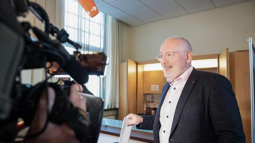 Wahlen in 28 Staaten: EU-Wahl-Auftakt - Hollands Sozialisten nach Prognose vorn