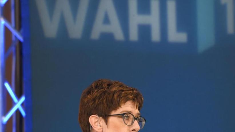 Forschungsgruppe Wahlen: Analyse: Parteichefs von Union und SPD kosteten Stimmen