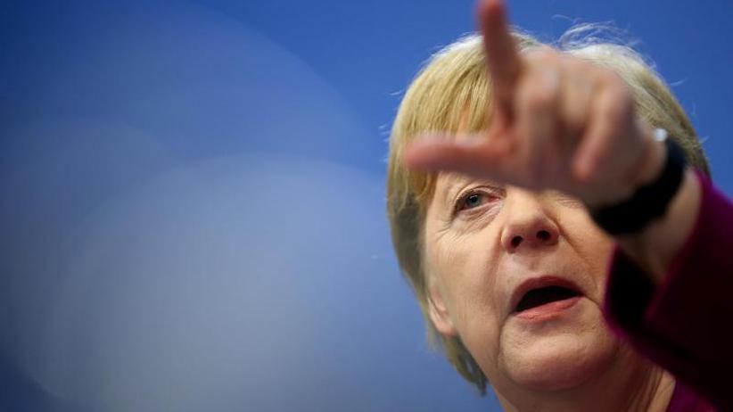 Rückendeckung für AKK: Merkel: Jeder in der CDU setzt sich für Meinungsfreiheit ein