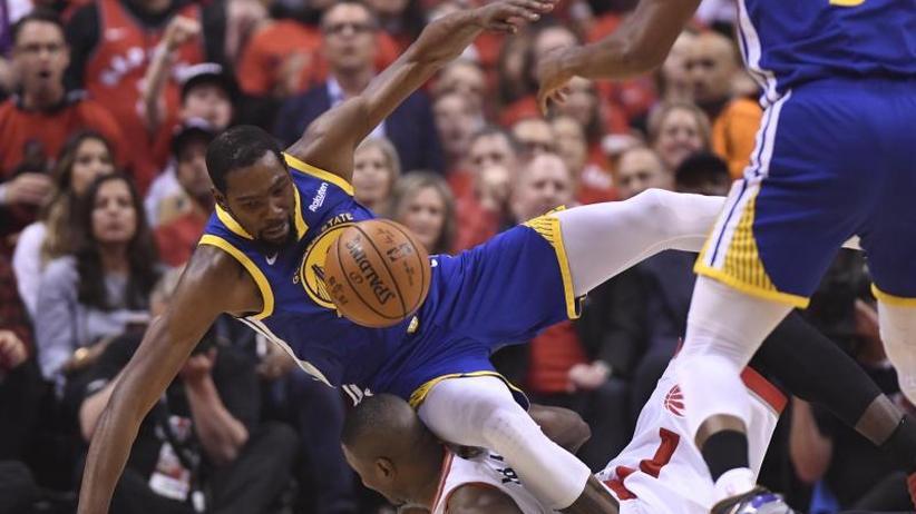 Basketball-Playoffs: Durant-Aus trübt Warriors-Sieg in NBA-Finale