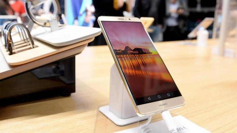 Google-Updates gefährdet: Huawei: US-Blockade drückt Smartphone-Absatz