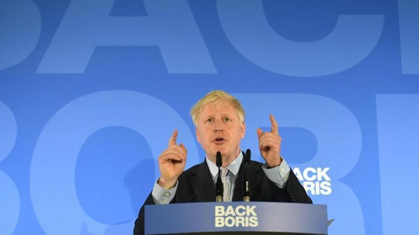 Außenminister Hunt Zweiter: May-Nachfolge: Erfolg für Johnson - drei Kandidaten raus
