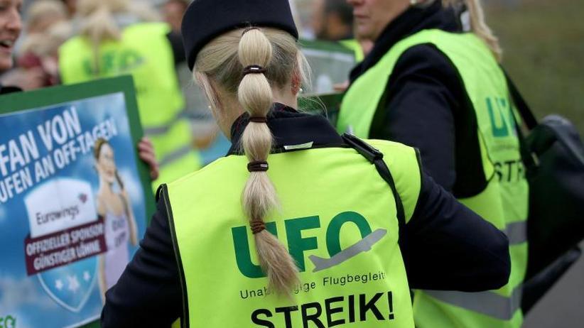 Urlaubszeit als Streikzeit: Gewerkschaft Ufo will Streik bei Lufthansa von Juli an
