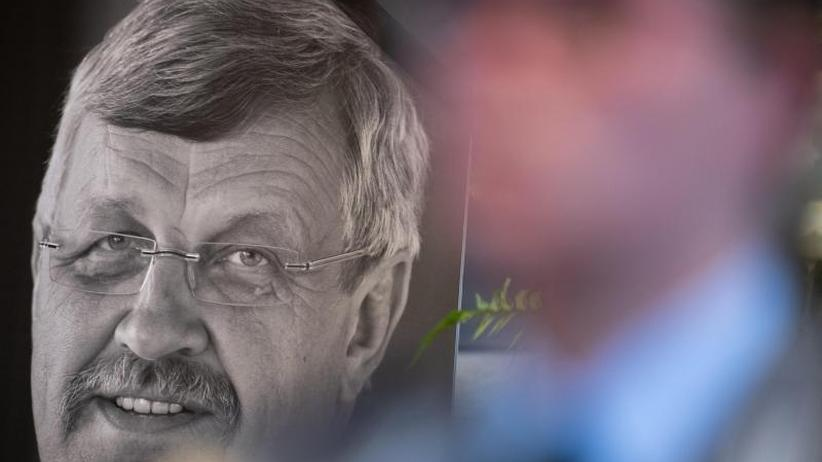 Kontakte zur rechten Szene: Abgeordnete: Stephan E. soll Mord an Lübcke gestanden haben