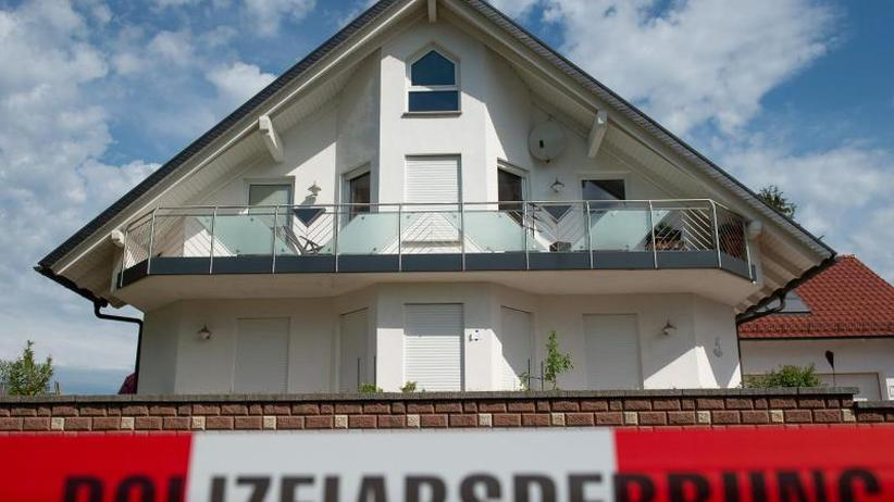Seehofer im Innenausschuss: Mordfall Lübcke: Sicherheitsbehörden informieren Politiker