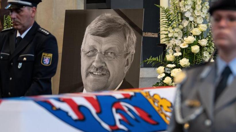 Hat Stephan E. Komplizen?: Geständnis im Mordfall Lübcke:Zweifel an Einzeltäter-These