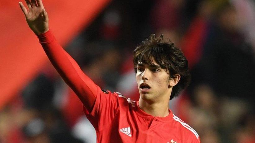 Benfica-Jungstürmer: Mega-Offerte: Atlético bietet 126 Millionen für João Félix
