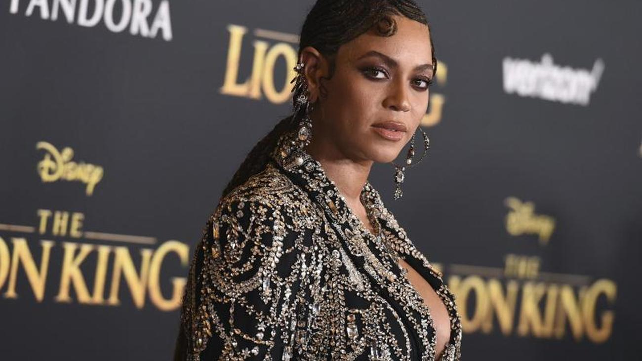 Disney Movie Beyoncé Sings Title Song For The Lion King
