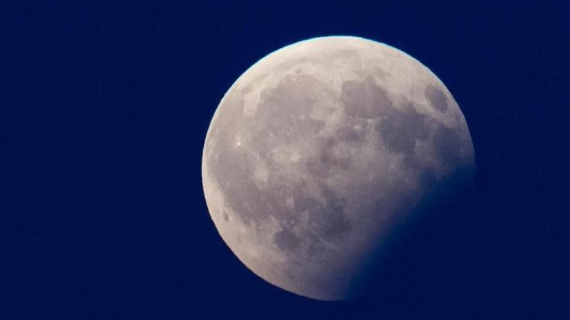Partielle Mondfinsternis: Gute Chancen für Schaulustige im Süden