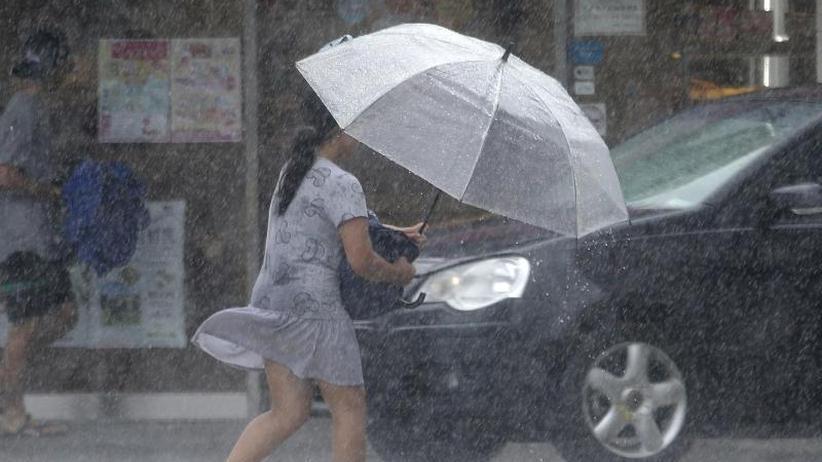 """Höchste Alarmstufe: Taifun """"Lekima"""" nimmt Kurs auf China"""