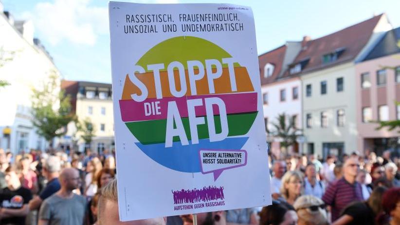 """ZDF-""""Politbarometer"""": Umfrage: Mehrheit lehnt Zusammenarbeit mit AfD ab"""