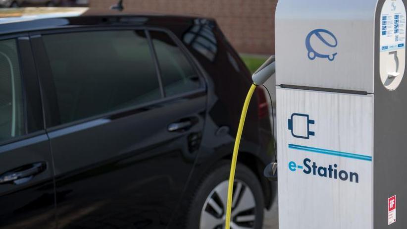 Elektromobilität: Deutlicher Anstieg bei Zahl der Ladepunkte für E-Autos
