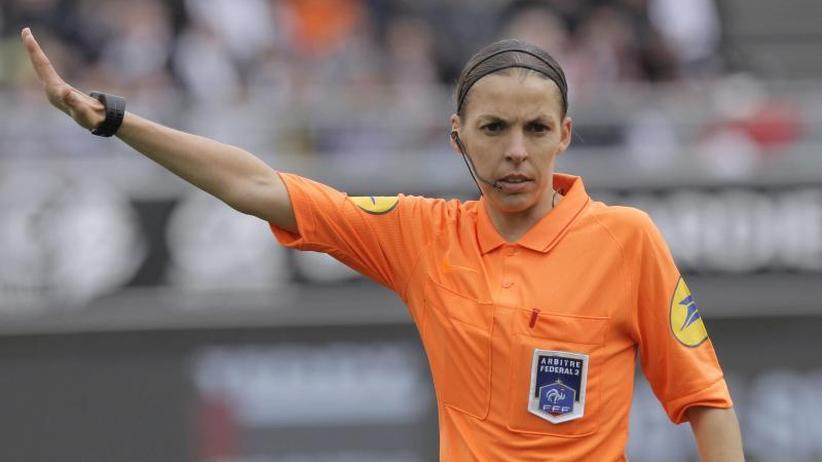 """Schiedsrichterin in Istanbul: """"Ist an der Zeit"""":Französin Frappart bereit für Supercup"""