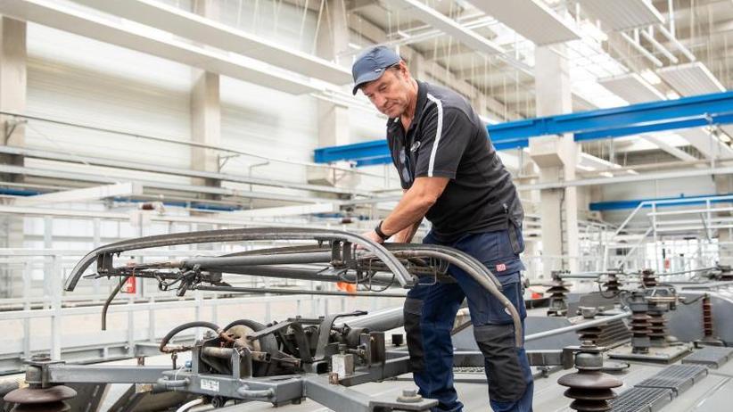 Arbeiten trotz Rente: Immer mehr verdienen im Ruhestand hinzu