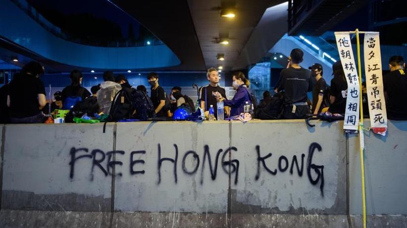 Millionen-Protest gegen Peking: Trump warnt China vor Gewalt in Hongkong