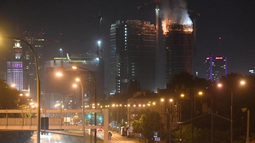 Schäden auf Großbaustellen: Brennende Hochhäuser und teure Flughäfen