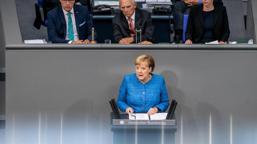 Generaldebatte im Bundestag: Merkels Klimaversprechen beruhigt die Zweifler nicht