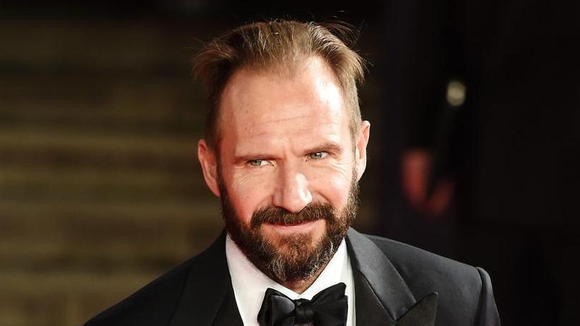 """Schauspieler: RalphFiennes hätte """"als Bond wohl keine gute Figur gemacht"""""""