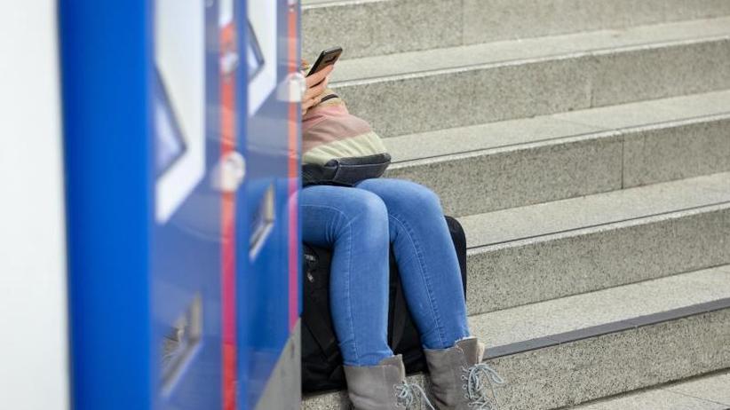 Smartphones als Liebestöter?: Die Deutschen verlernen das Genießen
