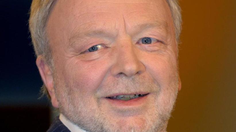 """Mit Mittelfinger: """"Post Mortem"""": Michael Jürgs erzählt aus dem Jenseits"""