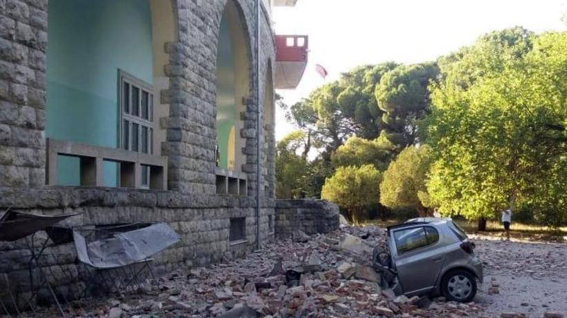 Panik in Tirana: Über 100 Verletzte bei Erdbeben in Albanien