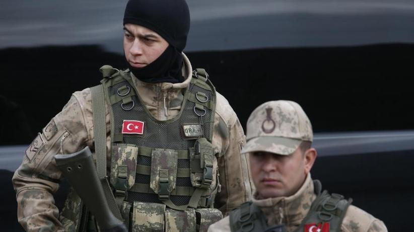 """Vorbereitungen abgeschlossen"": Erdogan betont Bereitschaft zu Offensive in Nordsyrien"