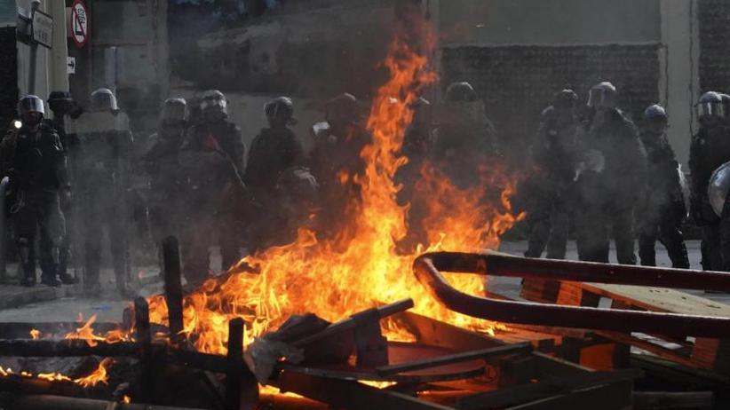 """Spürbare Auswirkungen"": Unruhen schaden Hongkongs Wirtschaft"