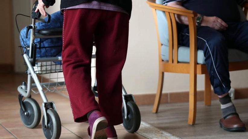 Fragen & Antworten: Aus für Traumnoten - Wie Pflegeheime künftig bewertet werden