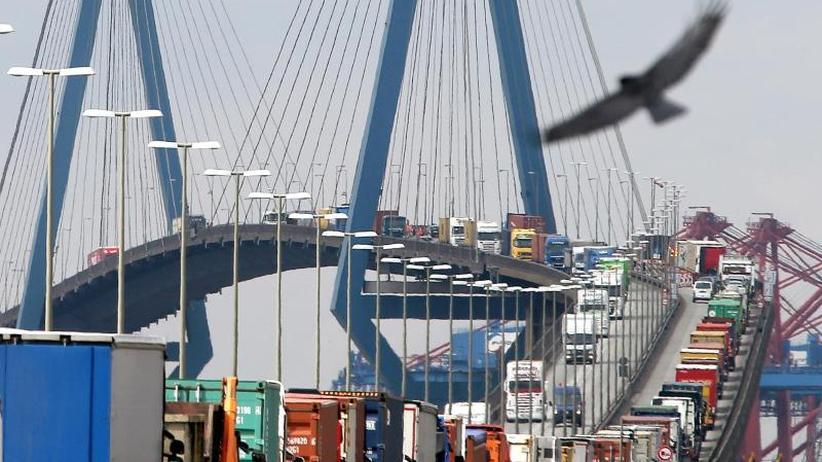 Rückgang im August: Schwacher Sommerausklang im Außenhandel: Export schrumpft