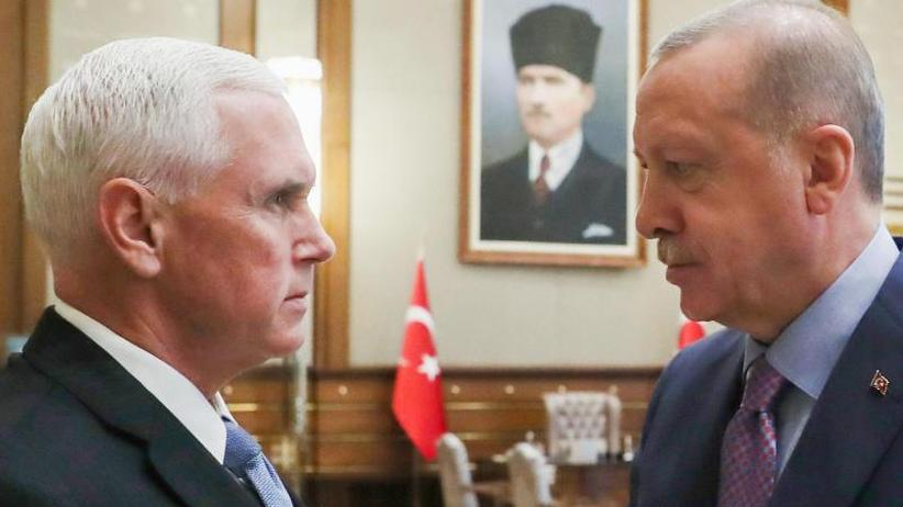 Kurden stoppen Kampf gegen IS: Pence verhandelt mit Erdogan über Waffenruhe in Nordsyrien