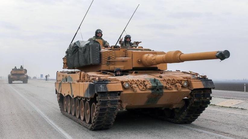 Wegen Syrien-Offensive: Merkel: Keine Waffen mehr für die Türkei