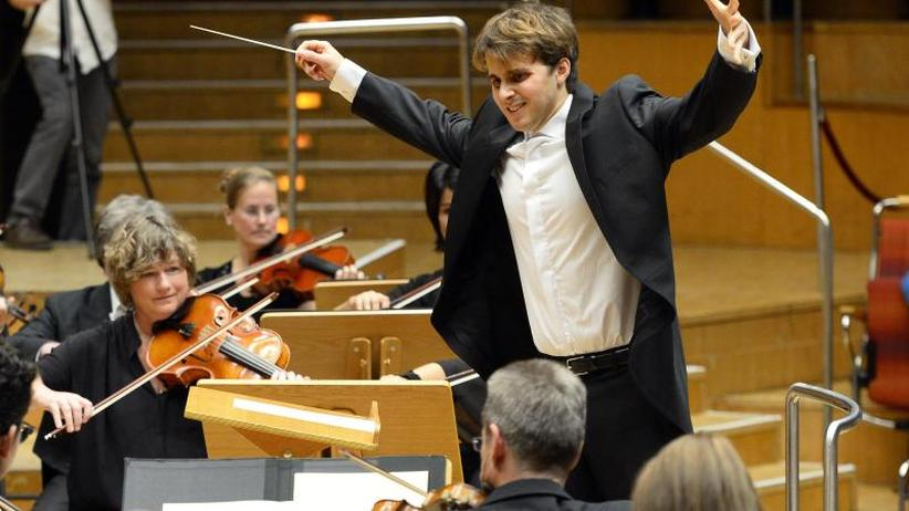Auszeichnung: Julio Garcia Vico gewinnt Deutschen Dirigentenpreis