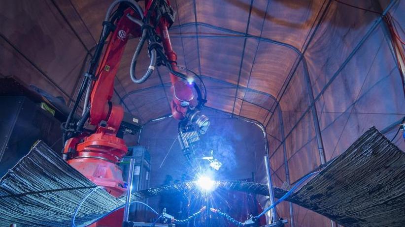 Forschungsprojekt: Brücke aus einem Guss - Neues 3D-Druckverfahren für Stahlbau
