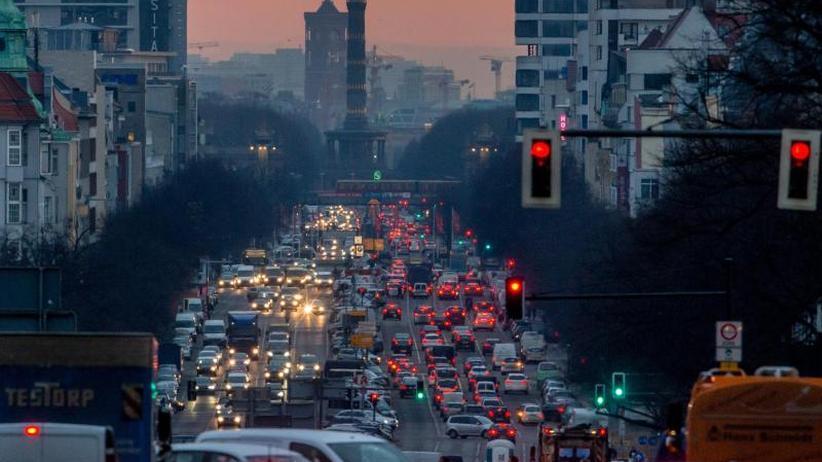 Koalition treibt Gesetze voran: Bundestag beschließt Klimagesetze:Was sich ändert