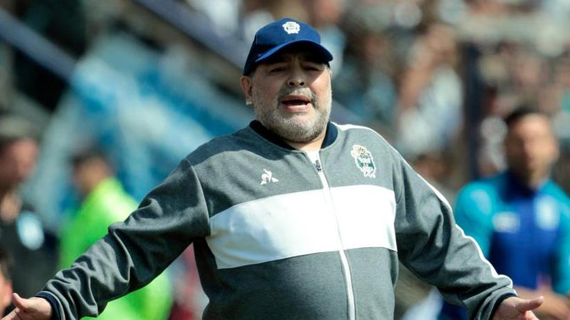 Fußball-Legende: Maradona bleibt doch Trainer in La Plata
