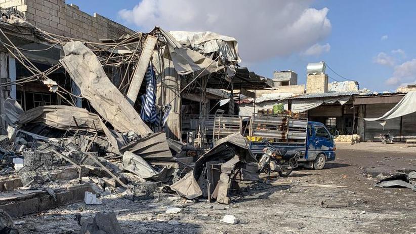 Gefechte in Idlib: Aktivisten: Mehr als 100 Tote bei Kämpfen in Nordsyrien