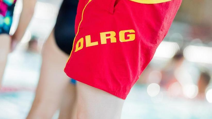 DLRG schlägt Alarm: Deutsche Schwimmbäder sind in miserablem Zustand