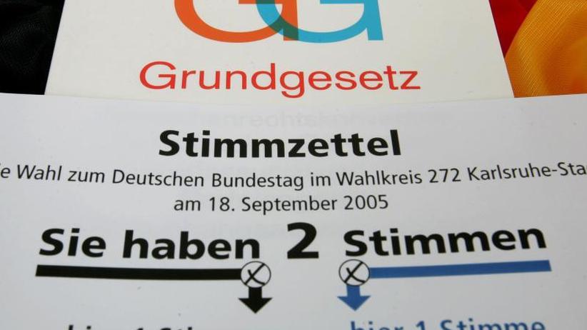 Veto aus Bayern: AKK: Noch keine Festlegung auf Art der Wahlrechtsreform