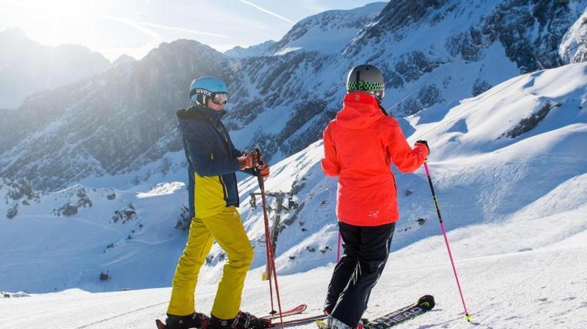 Oberkörper gerade: Technik-Check hilft gegen Ski-Schmerzen