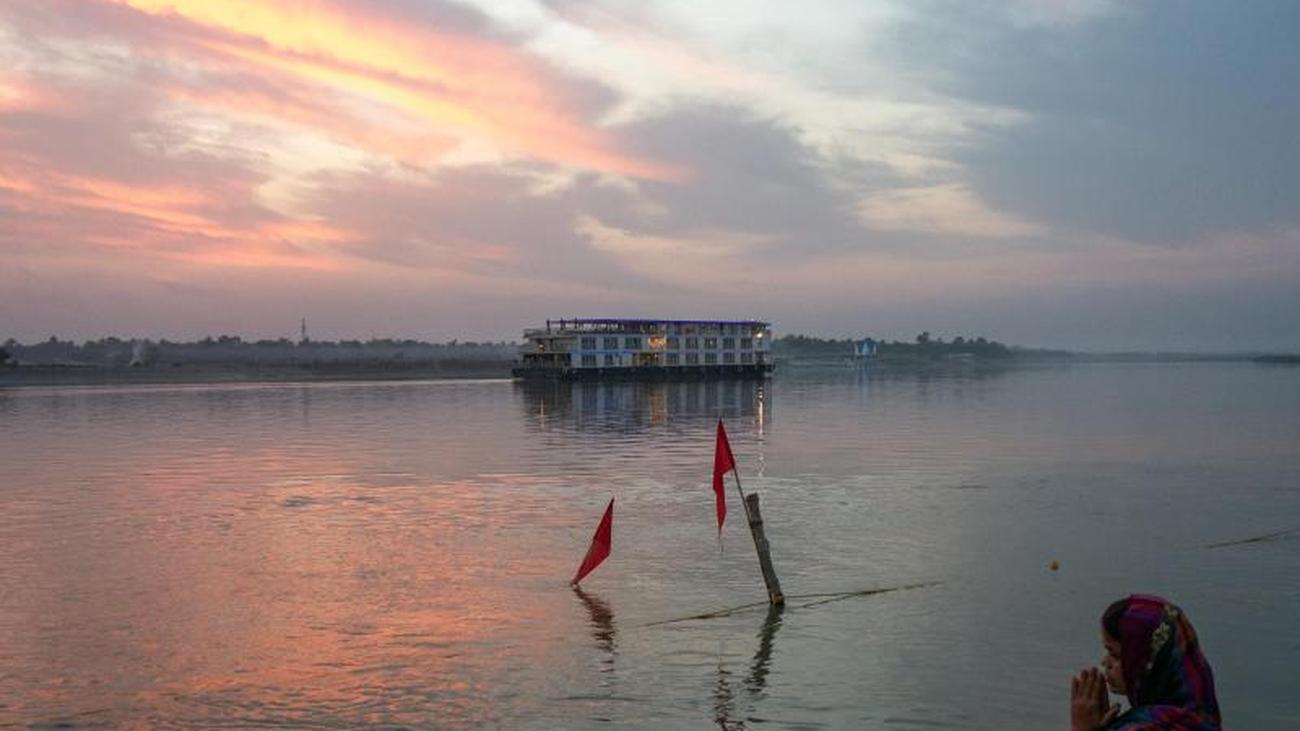 Entlang des heiligen Flusses: Eine Kreuzfahrt auf dem Ganges