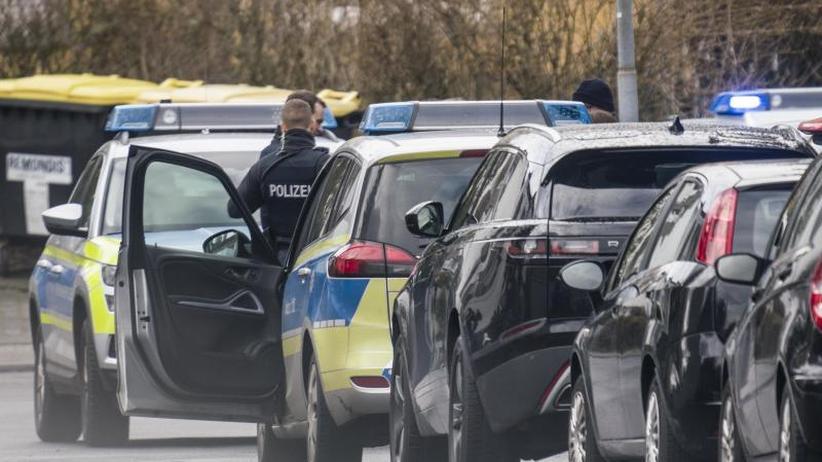 Erneuter Angriff: Mann schießt auf Gerichtsvollzieher: Vier Verletzte