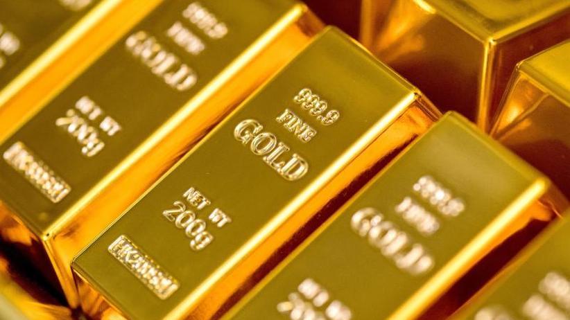 Werbung mit hohen Renditen: Vor undurchsichtigen Goldsparplänen in Acht nehmen
