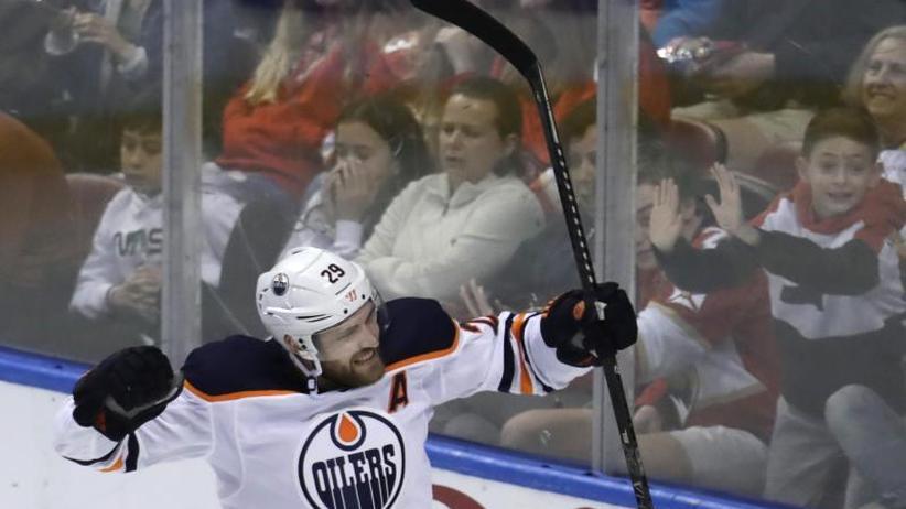 Eishockey: Draisaitl trifft weiter in NHL - Torwart Grubauer verletzt